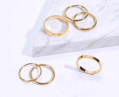 Gouden sieraden voor vrouwen